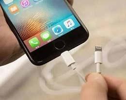 为何iPhone有时一个半小时就可充满电,有时却要两个半小时?