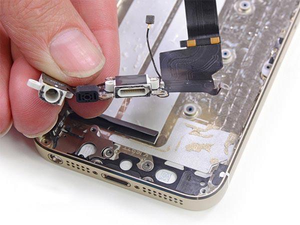 苹果5c拆机图解