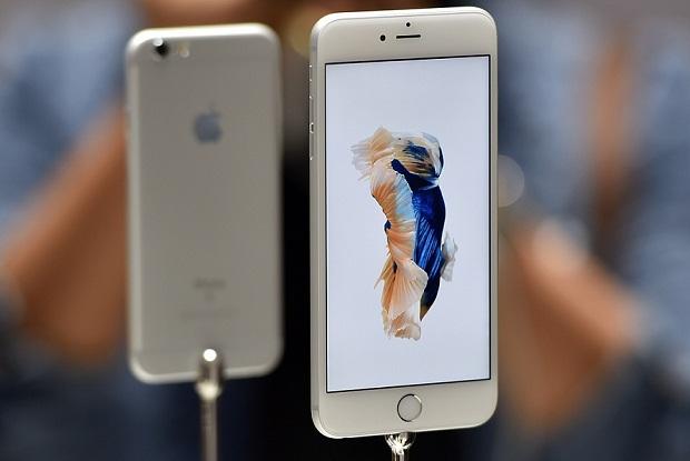 智能手机的竞争虽然激烈,但对于苹果来说,iphone稳稳站在金字塔的顶端