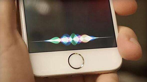"""siri 为何会在苹果手中沦为""""鸡肋""""?图片"""